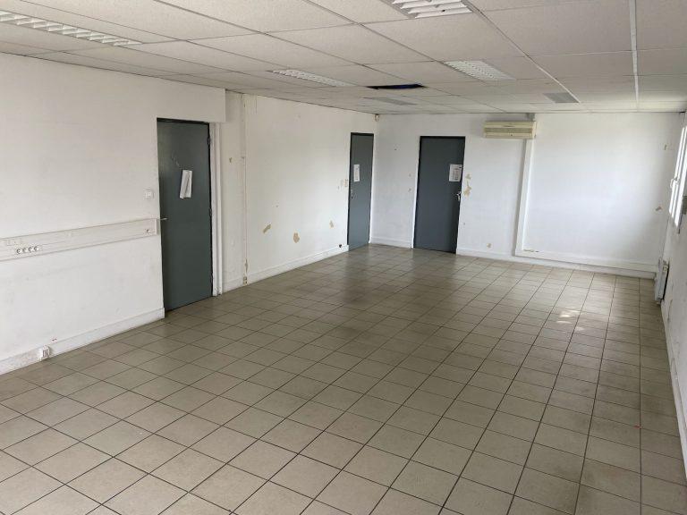 Bureau de 45.94 m² (1er étage)
