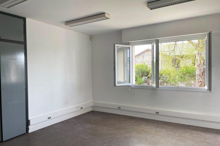 Bureau de 21.01 m² (rez-de-chaussée)